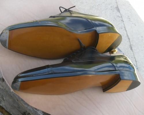Réparation chaussure semelle